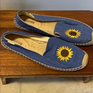 Soludos Size 10 Flats